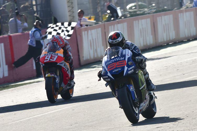 Lorenzo-wins-contra