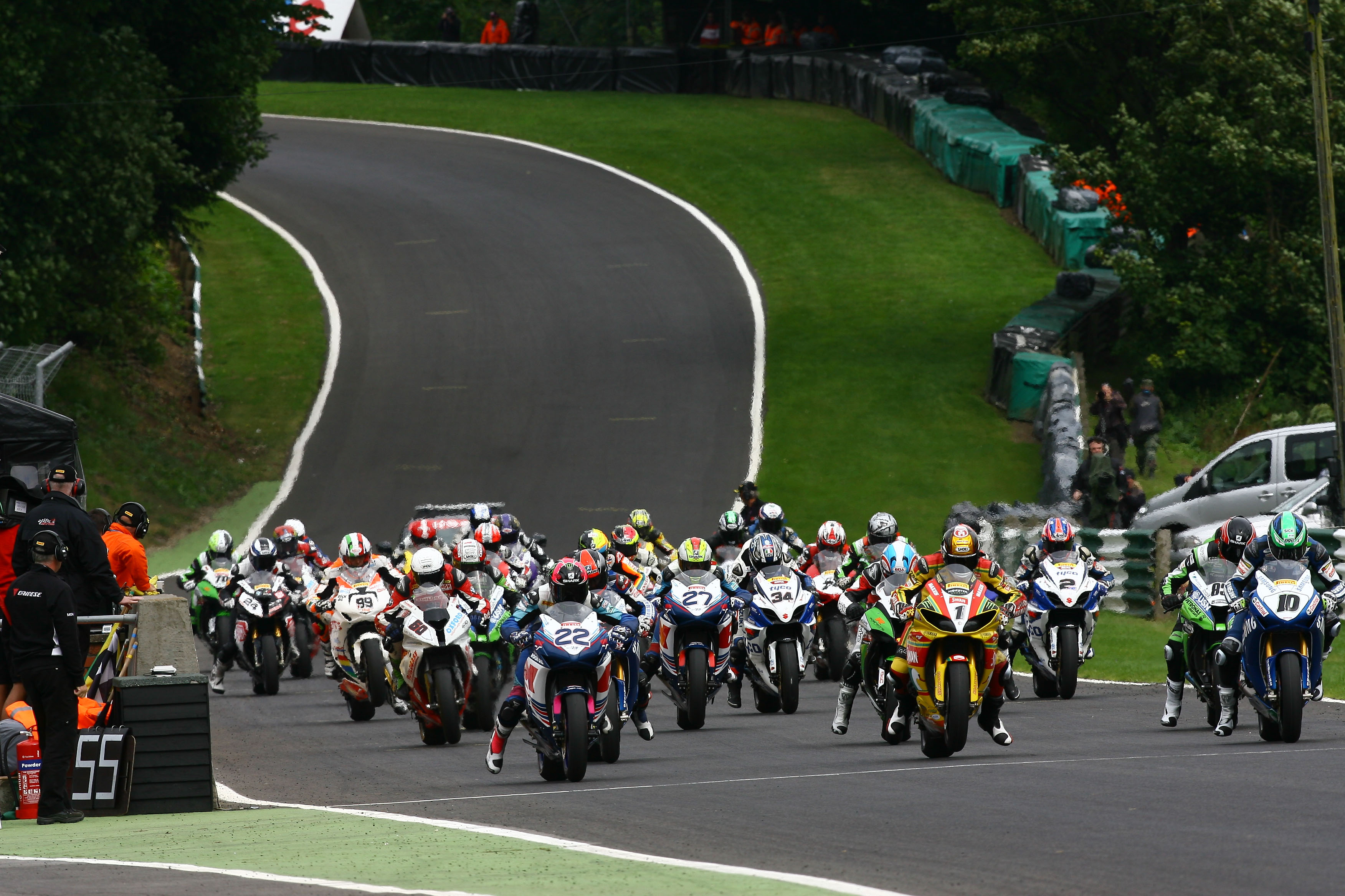 Alex Lowes, James Westmoreland, Team WFR, Cadwell Park, August 2012