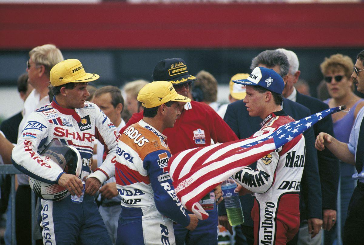 Wilco Zeelemberg, Carlos Cardus y John Kocinski, Assen 1990