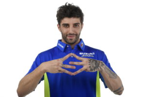 AI29_Andrea Iannone_Team Suzuki MotoGP 2017_TeamWear-005