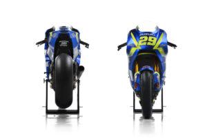 Suzuki_GSX-RR_2017_29_Front and Back