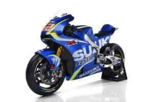 Suzuki_GSX-RR_2017_42_Half Front Left_Wide