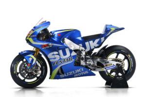 Suzuki_GSX-RR_2017_42_Side Left