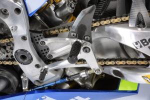 Suzuki_GSX-RR_2017_Details-004