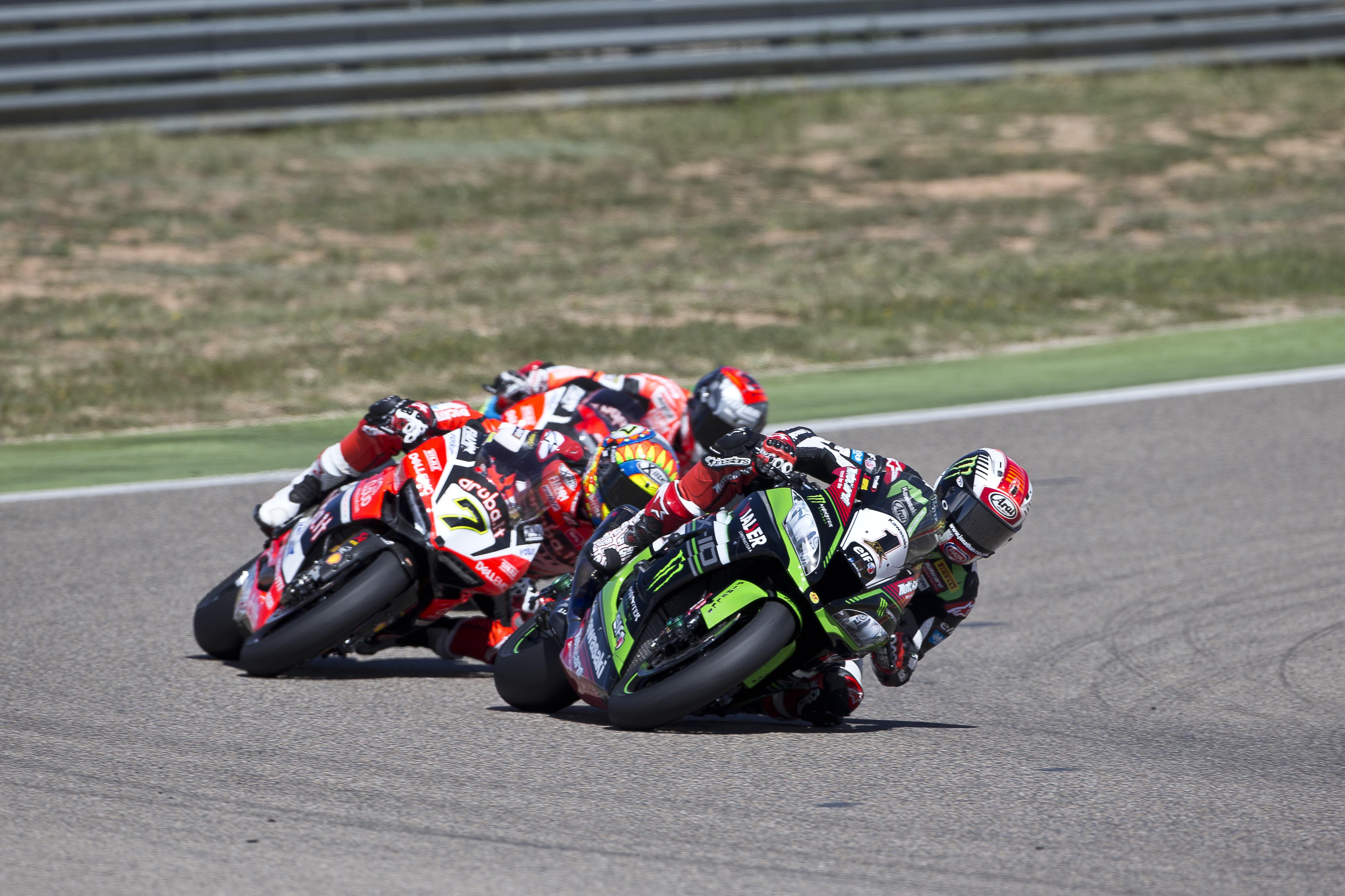hi_02_Motorland Aragon_WorldSBK_2017_Race 2_ReaC87Q7005