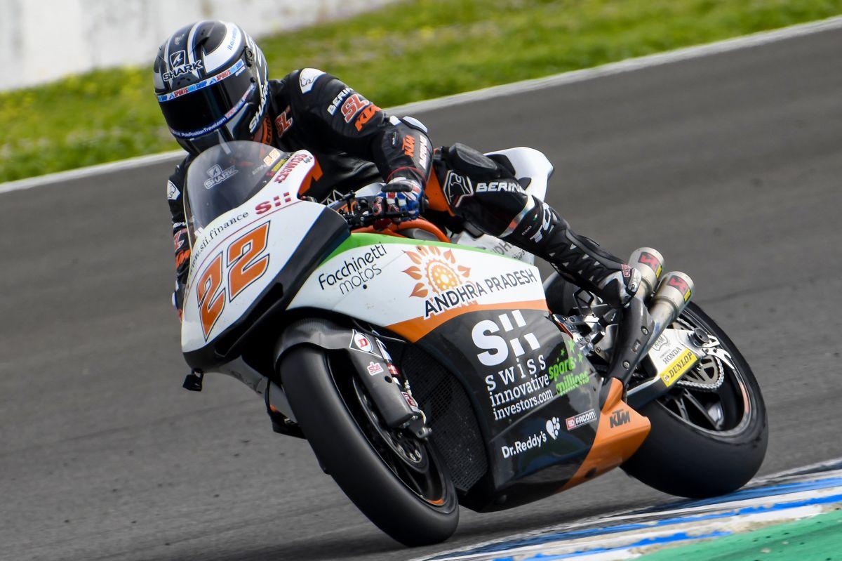 Sam Lowes durante los test de Moto2 en Jerez